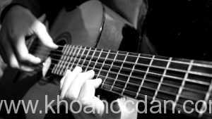 Bí kíp để học đàn guitar nhanh tiến bộ