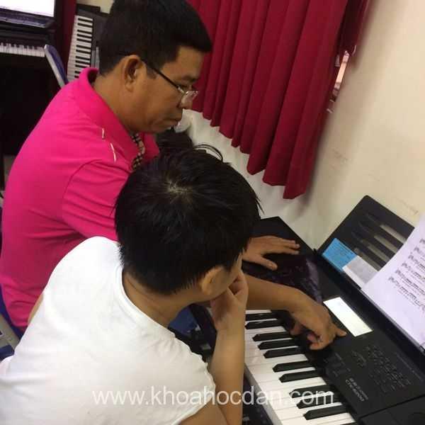 Khóa học đàn Piano ở nhạc viện TPHCM và Hà Nội