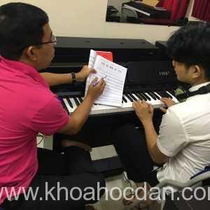 Học đàn piano cơ bản ở đâu tại TPHCM