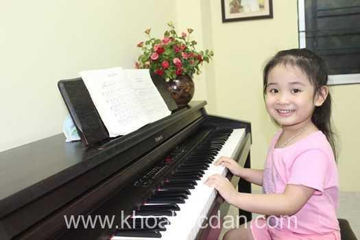 Mua đàn piano ở đâu tại TPHCM giá rẻ tốt uy tín