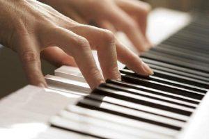 Những điều nên làm để cải thiện kỹ năng chơi đàn piano