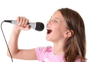 Những lợi ích khi trẻ em học thanh nhạc
