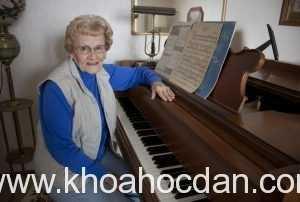 Những lưu ý khi người lớn tuổi học đàn piano(p1.)