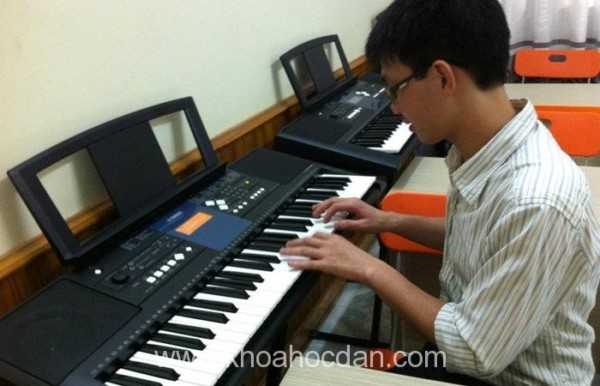 Khóa học đàn organ cho người lớn